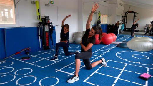 Muscle ton swing : étirements (avec Joanna Klatten)