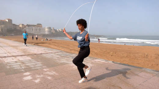Muscle ton swing : la corde à sauter
