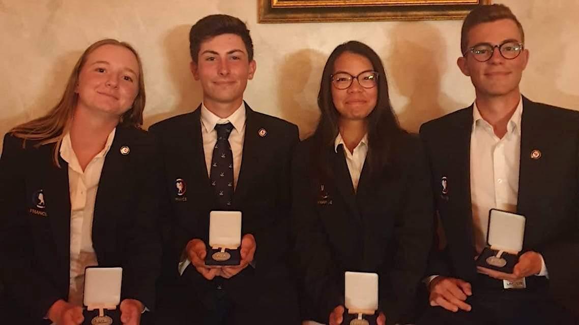 L'équipe de France médaillée d'argent à l'European Young Masters