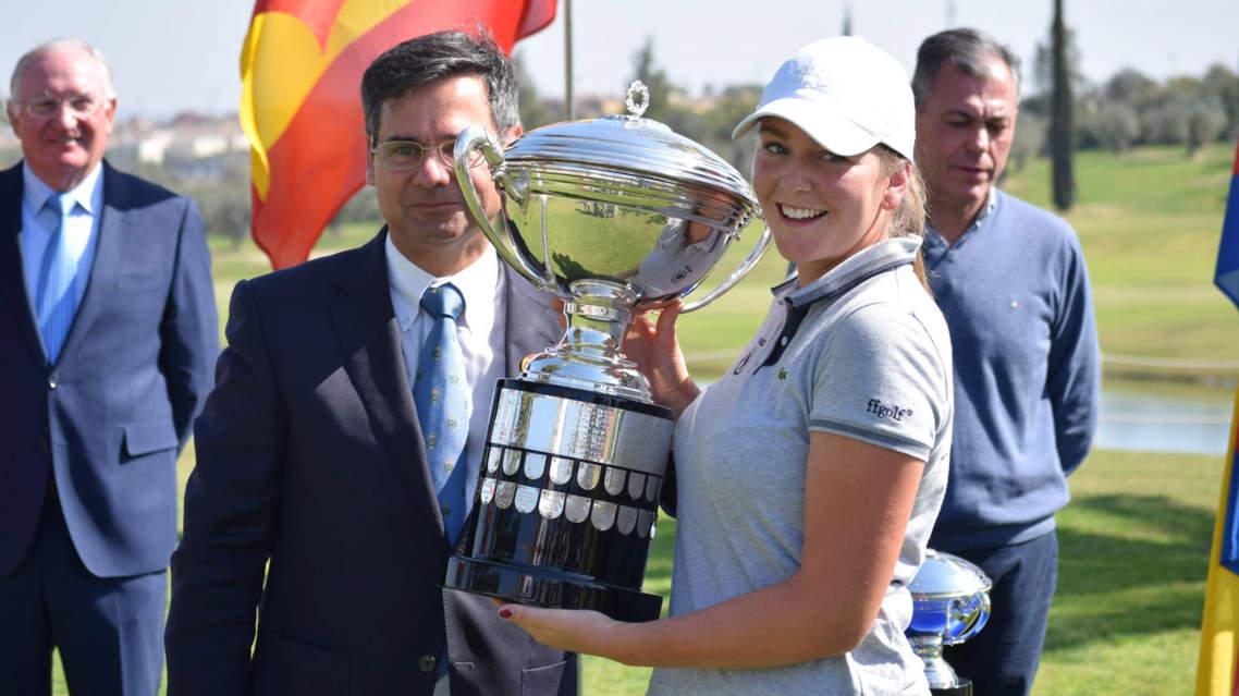 """Résultat de recherche d'images pour """"Candice Mahe golf photos"""""""