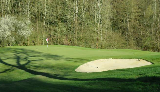 Le golf de Bois-Guillaume, un centre d'entrainement et un petit bijou de 9 trous
