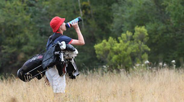 L'hydratation en eau est indispensable sur le parcours.