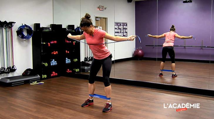 La séance fitness de Joanna Klatten : épisode 7
